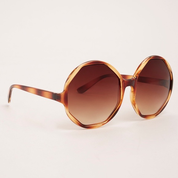 1f4be6af3dacc 🥂FINAL Oversized tortoiseshell sunglasses